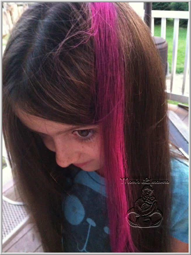 Hot Huez Hair Chalk Product Review Mom S Lifesavers